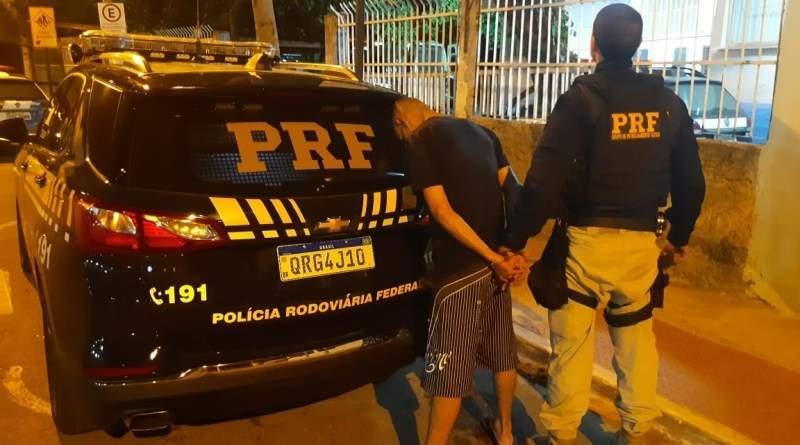 Criminoso foragido é recapturado pela PRF durante abordagem em Cariacica - Jornal Folha Vitória