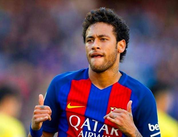 Piqué posta foto enigmática ao lado de Neymar