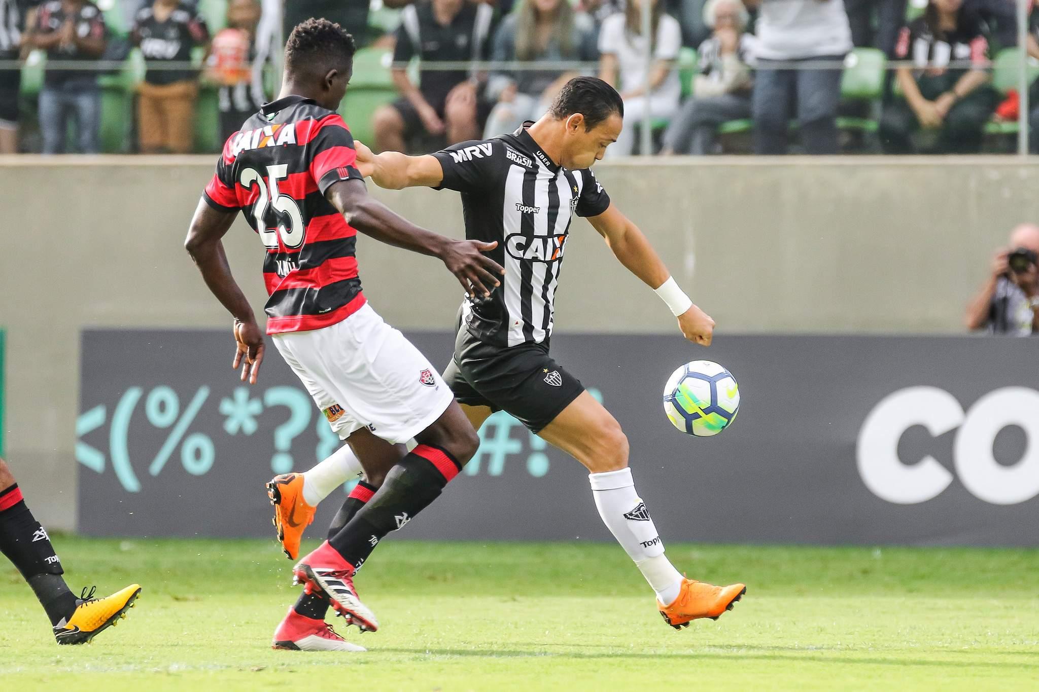 Atlético-MG conta com oportunismo de Ricardo Oliveira para bater o Vitória  em BH 20008f266689d