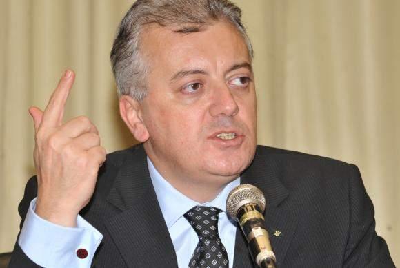 MPF pede para juiz suspender transferência de Bendine para presídio