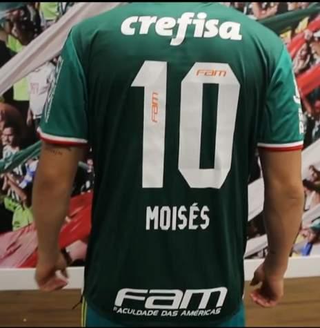 3754b8991a Moisés revela ter oferecido a camisa 10 do Palmeiras para Lucas Lima