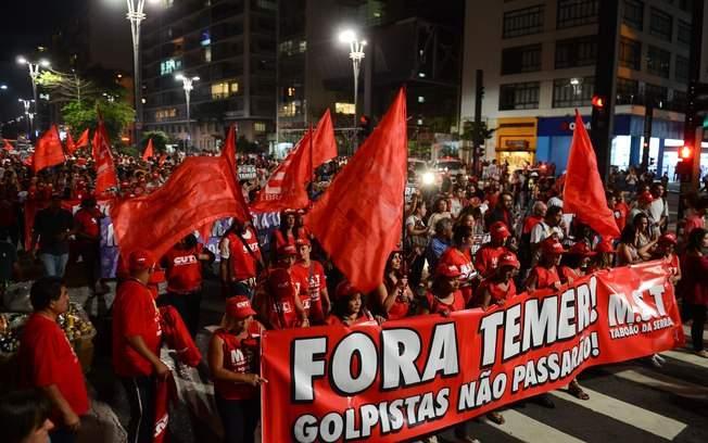 BH tem manifestação por eleição diretas e em solidariedade a Lula