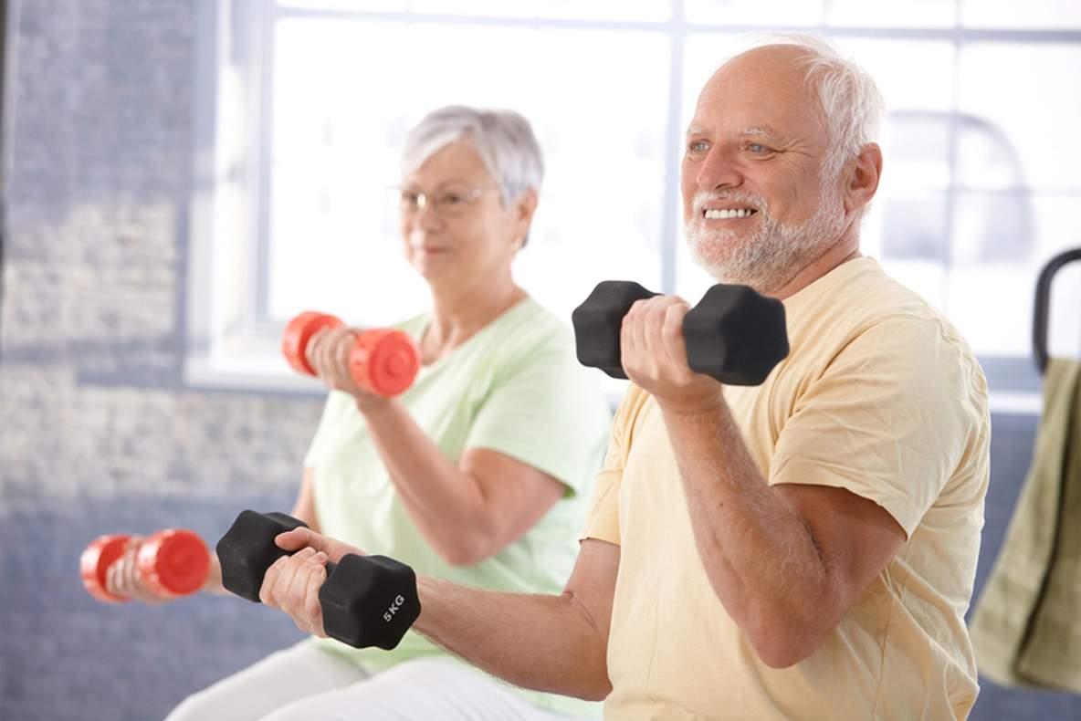 6 benefícios dos exercícios físicos para idosos