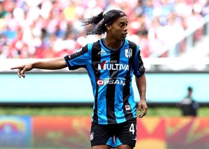 0865bb202faae Ronaldinho Gaúcho vai se aposentar do futebol, diz irmão e empresário do  jogador
