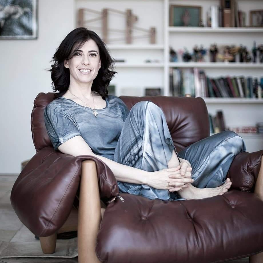 Fernanda Torres. Foto do site da Folha Vitória que mostra Fernanda Torres entra para o elenco da segunda temporada de Sob Pressão