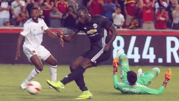 Com primeiro gol de Lukaku, Manchester United vence segundo amistoso nos EUA