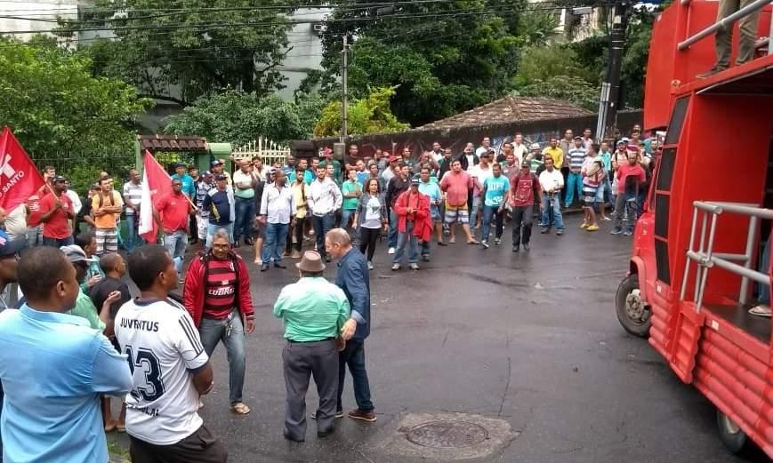 Manifestação deixa trânsito complicado no Centro de Vitória