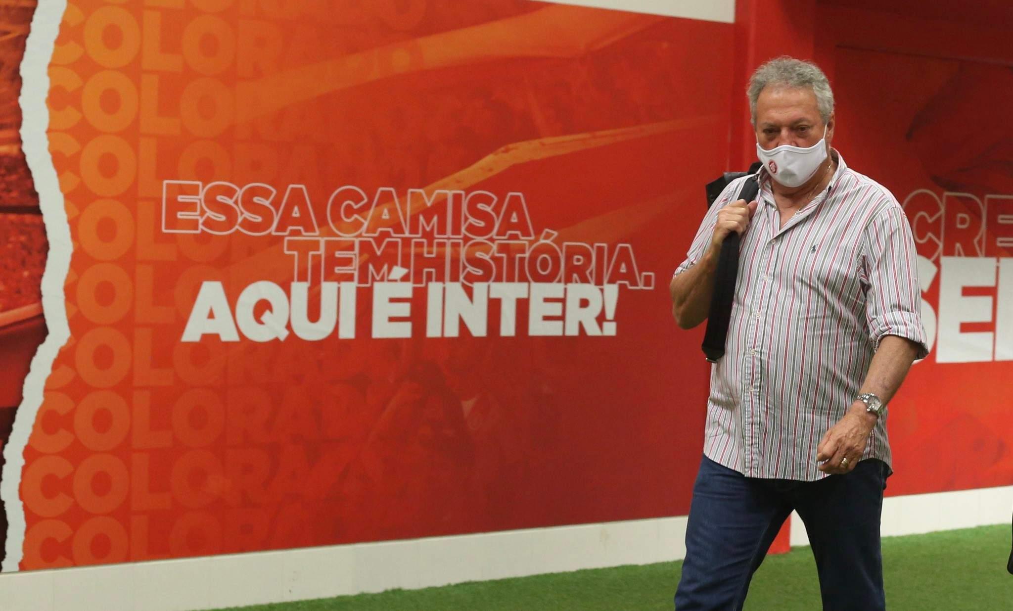 Abel Braga Confirma Saida Do Internacional Revela Choro E Critica Arbitragem