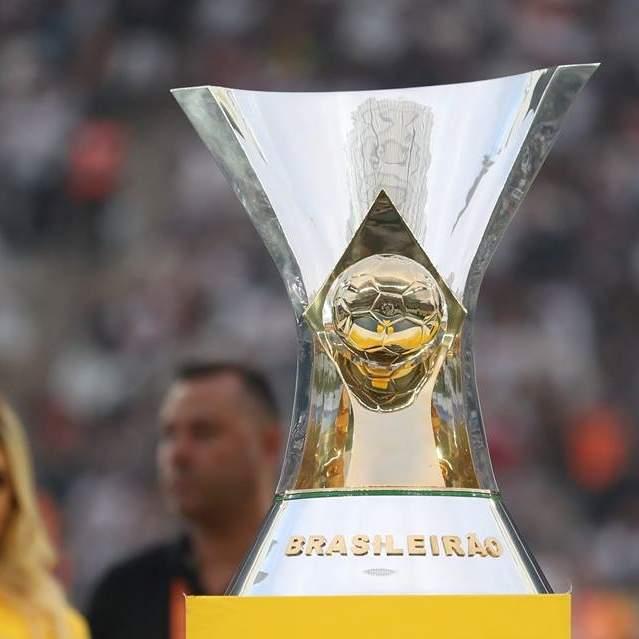 4b9b36eeb Uma das mais disputadas edições do Campeonato Brasileiro de pontos corridos  desde a temporada 2006