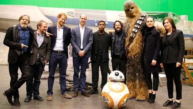 John Boyega entrega algumas participações especiais em Os Últimos Jedi