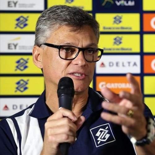Renan se diz preocupado com pouco tempo para preparação da seleção de vôlei ab7547fe9113b