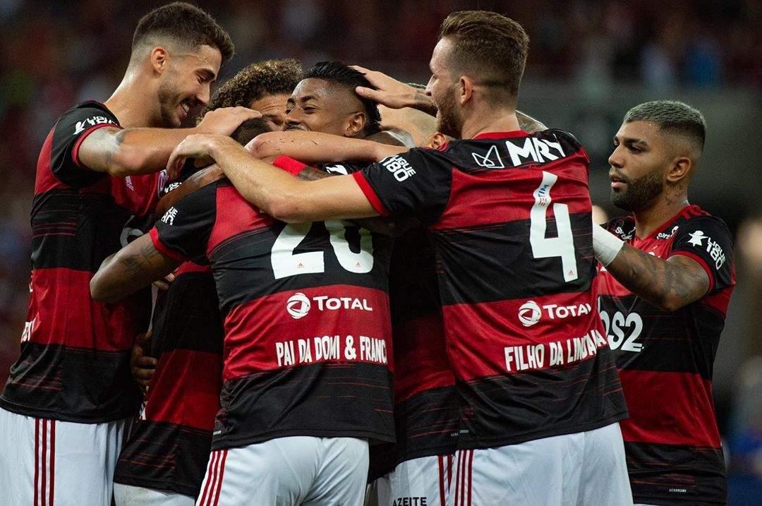 Elenco do Flamengo e Jorge Jesus são submetidos a exames da covid-19
