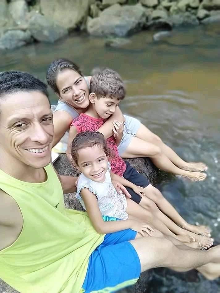 VÍDEO   'Família era muito querida na cidade', diz prefeita após crime brutal em cidade do ES