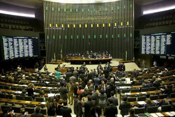 91% dos deputados alvo da Lava Jato disputam eleição