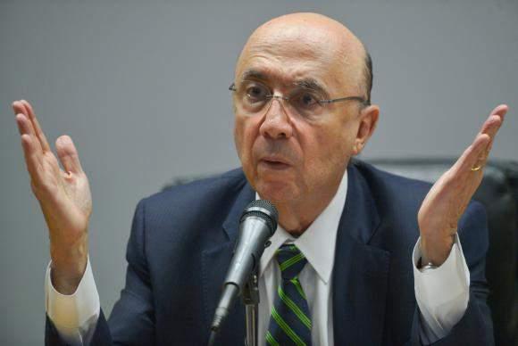 Bancada do MDB no Senado se reúne com Meirelles para tratar de pré-candidatura